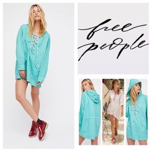 FREE PEOPLE Hooded Poplin Pullover in Sky